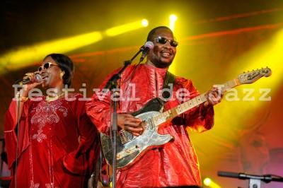 Amadou-Mariam-Jazz2013-Touki-Montreal-9