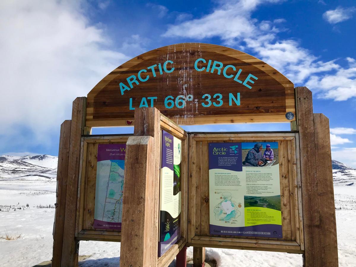 Arctic-Circle-Schild