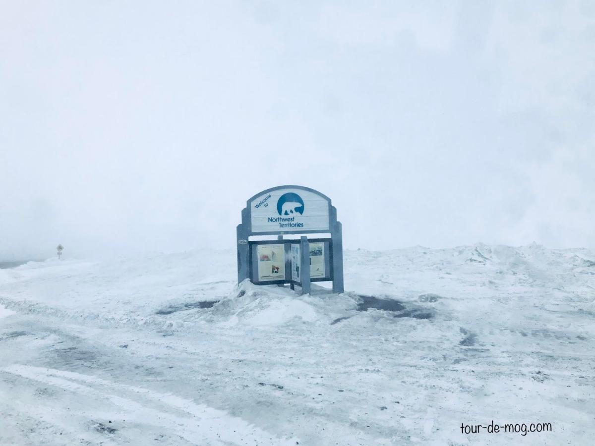 Dempster_Highway-Kanada-Schneesturm