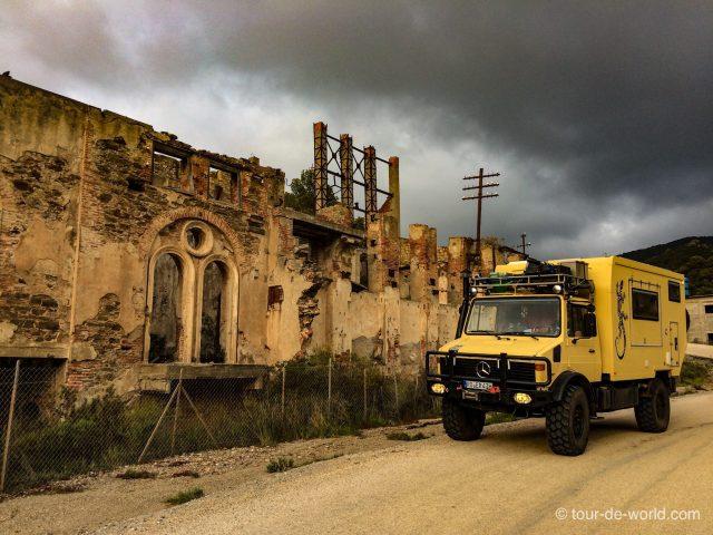 Sardinien-Unimog-Ruinen