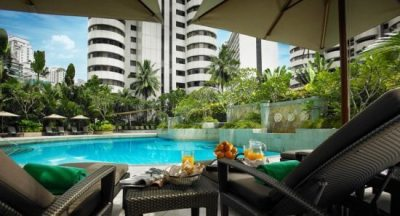 Poolside_at_Shangri-La_Kuala_Lumpur