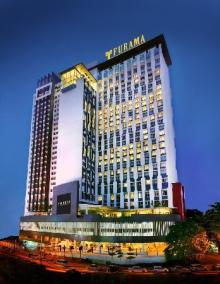 hotel-facade
