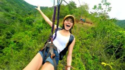 FIRST TIME ZIPLINING IN COSTA RICA!!