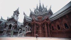 THAILAND'S MOST INCREDIBLE TEMPLE  – Sanctuary of Truth
