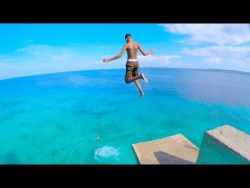 SIQUIJOR ISLAND Philippines – CLIFF JUMPING into CRYSTAL CLEAR WATER