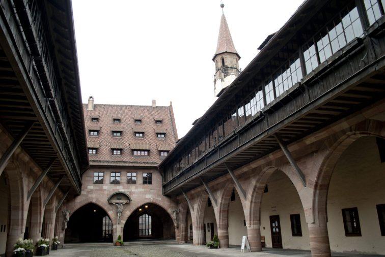 Нюрнберг достопримечательности Больница Святого Духа внутри