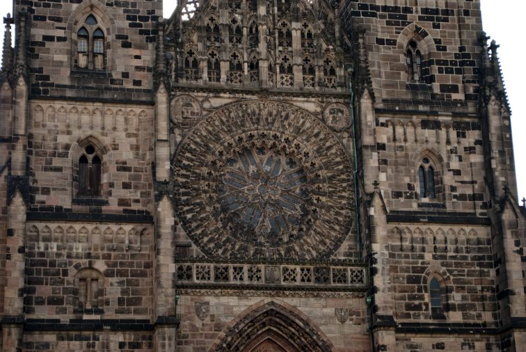 Нюрнберг достопримечательности Церковь Лоренца 2