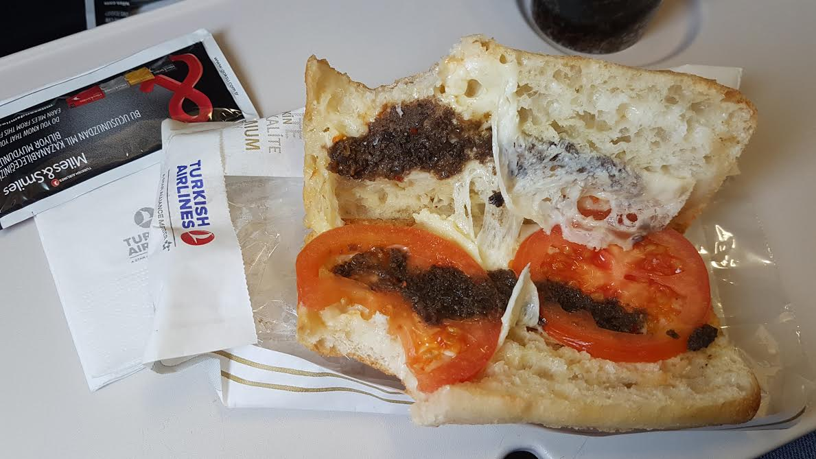 turkish-airlines-flight-meal-economy-class