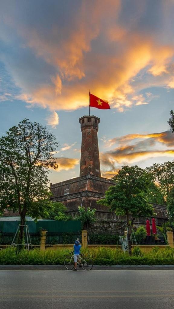 Hanoi city itinerary 576x1024 The Best 10 Day Vietnam Itinerary