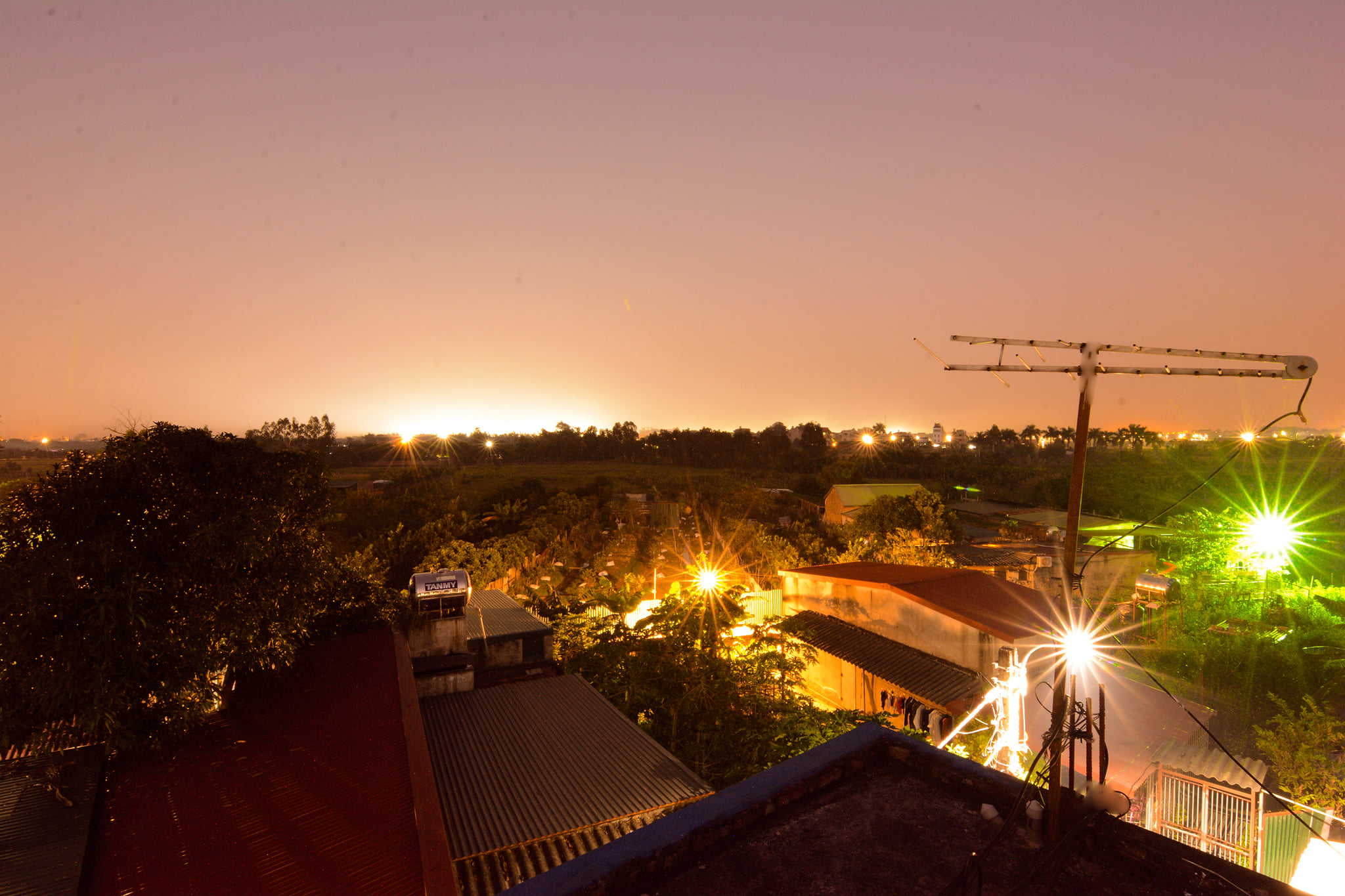 Rooftop tony homestay Hanoi airport hotel with local cozy quiet stay