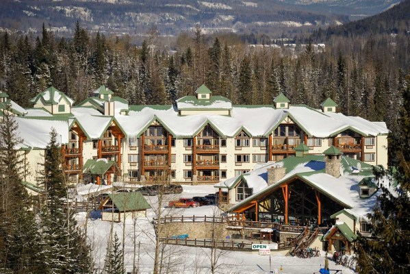 Lizard Creek Lodge Fernie Alpine Resort