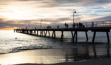 tourism-guide-australia-glenelg-jetty