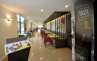 ibis-bangkok-riverside-restaurant-2