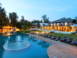Twin Lotus Resort