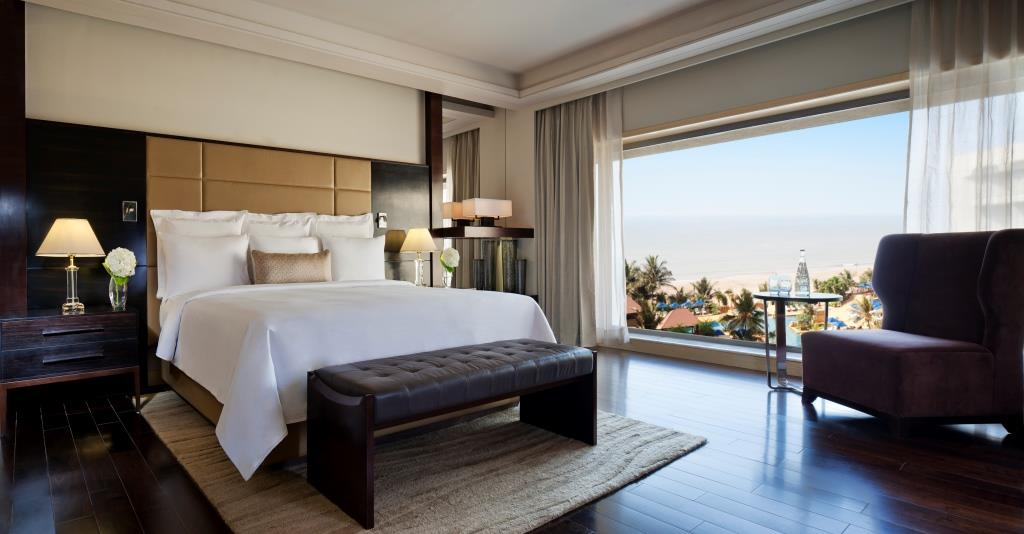 Lotus Suite Bedroom, JW Marriott Mumbai
