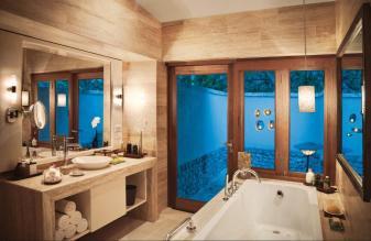 Deluxe Delight Beach Villa Bathroom 3