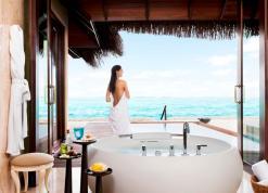Premium_Beach_Villa_with_Pool_-_Bathroom_II