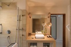 Superior Charm Beach Villa Bathroom 2