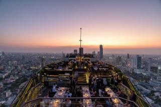 BTTHBK_Dining_Vertigo_Sunset