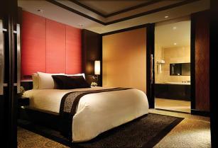 BTTHBK_Room_One Bedroom Suite _Bedroom 1