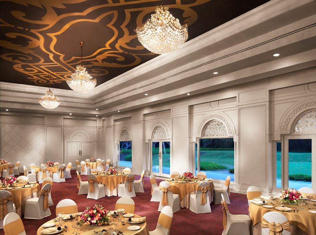 VBTB Orchid Ballroom