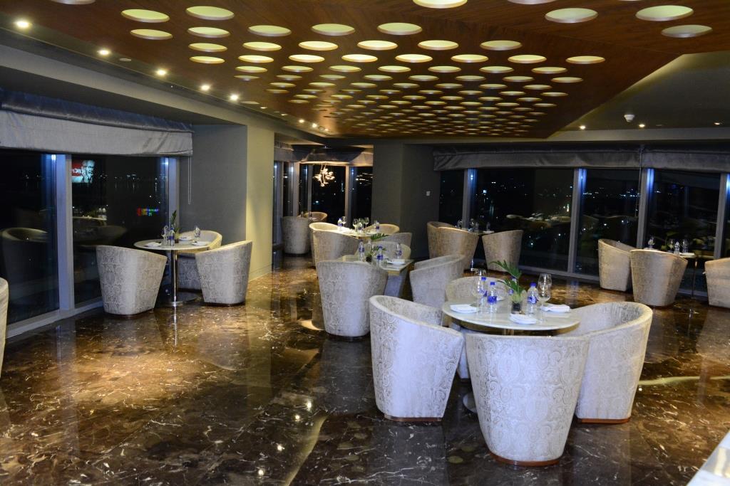 residence lounge 3