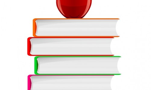 Stack_of_Book_and_Red_Apple600