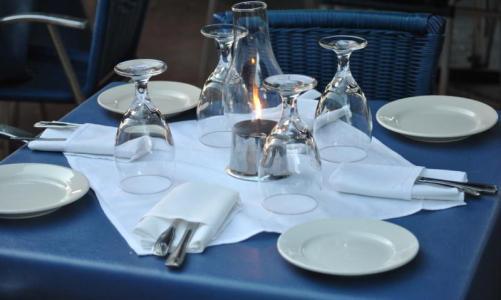 table-setting-web