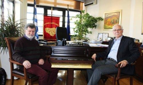 ο Δήμαρχος Λαρισαίων κος Απόστολος Καλογιάννης και ο πρόεδρος της Οργανωτικής και Επιστημονικής Επιτροπής και Διευθυντής του Εργαστηρίου καθηγητής κος Αλέξιος Δέφνερ
