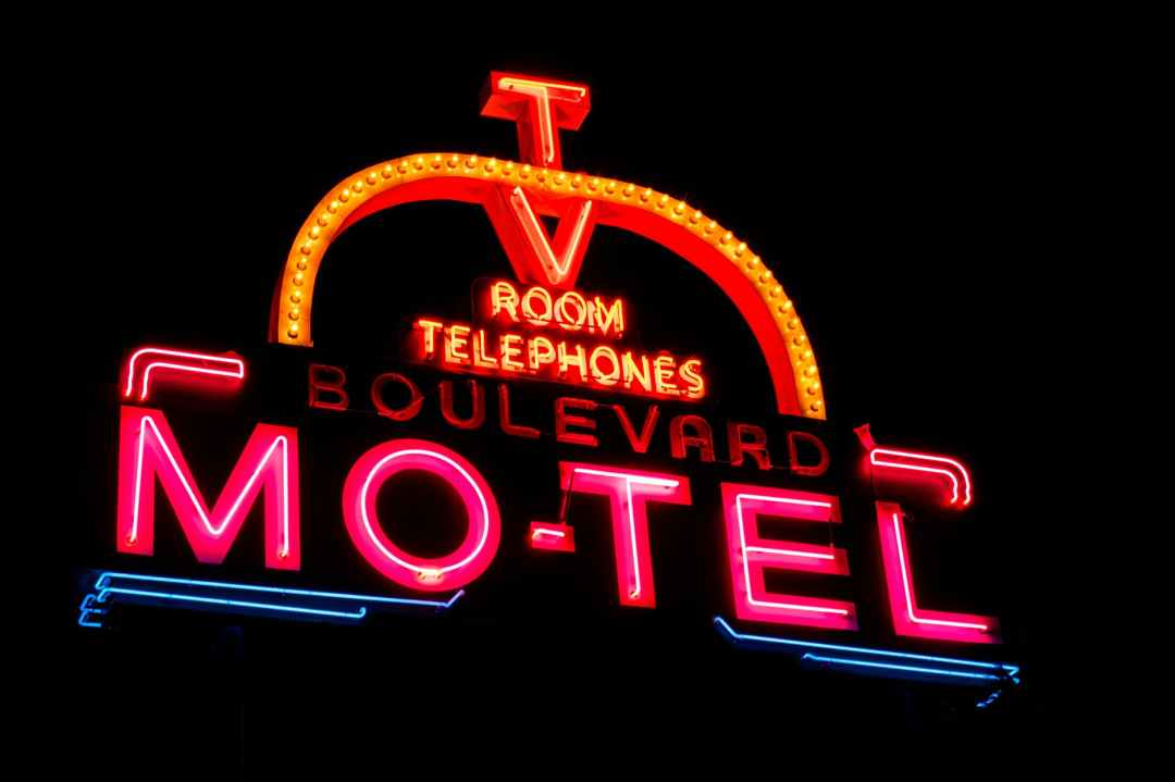 room telephones boulevard mo tel what is a motel