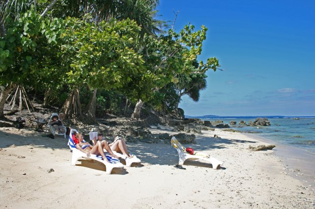 v-hideaway-beach