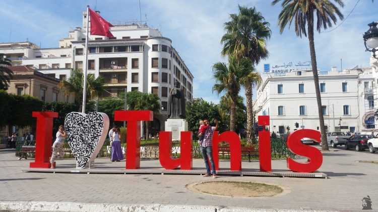 I love Tunis by lofti Hamadi Touristissimo