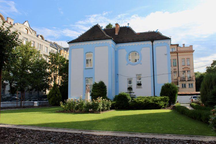 Une maison bleue à Bratislava