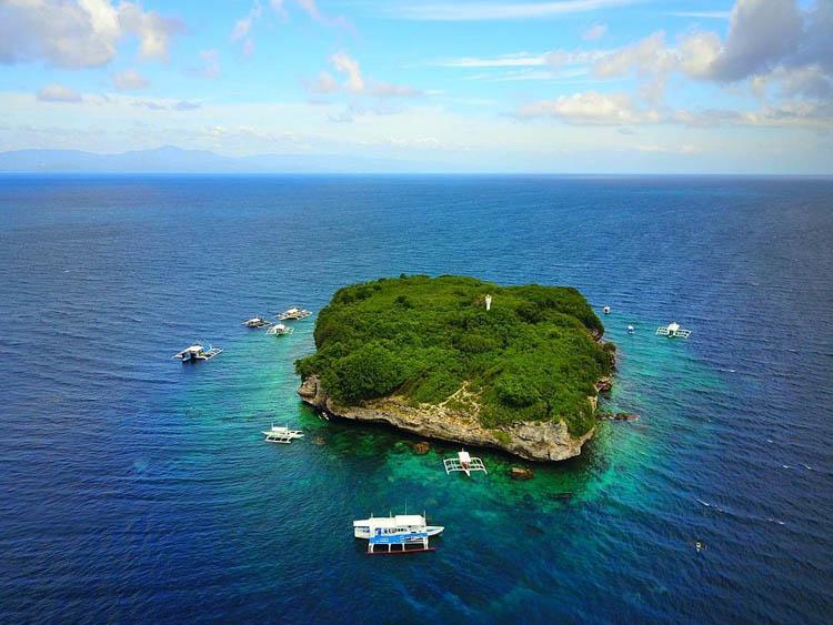 Pescador Island