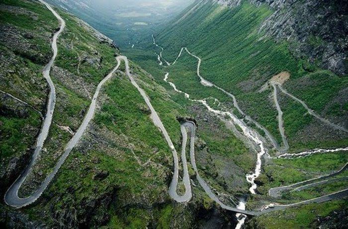 Halsema Higway Deadliest Road in the Philippines