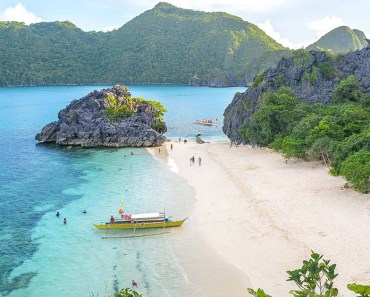 10 Incredible Paradise Islands and Unspoiled Beaches in Caramoan Bicol