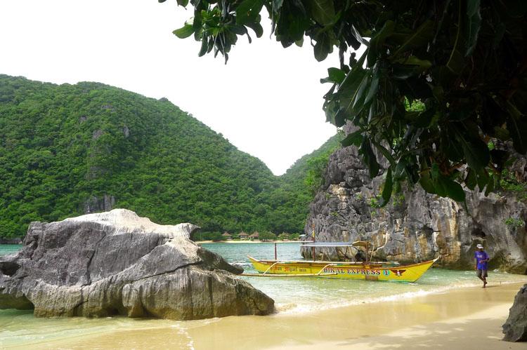 Minalahos Island