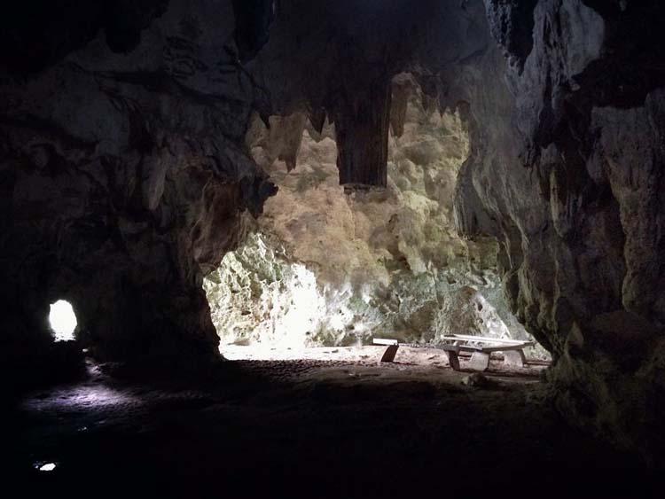 Hayop-Hayopan Cave