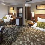 premium-twin-guest-room(2)