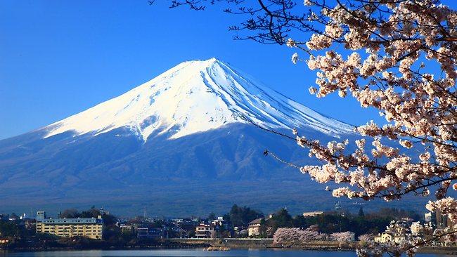 Gunung Fuji sebagai Ikon Negara Jepang