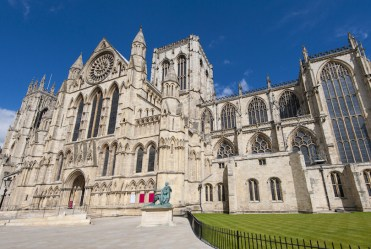 10 Gothic Cathedrals of Medieval Europe with Map & Photos Touropia