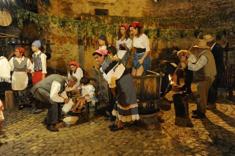фестиваль вина на Сицилии