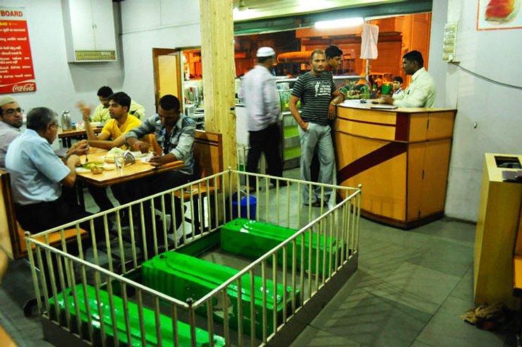 кафе в Ахмедабаде