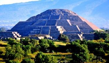 храм Кецалькоатля