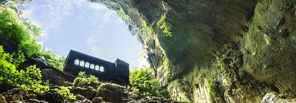 Church in the Heavan Cave
