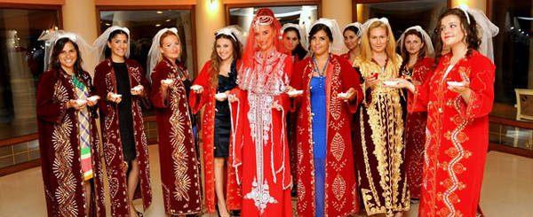 Turkish Henna Night Custom
