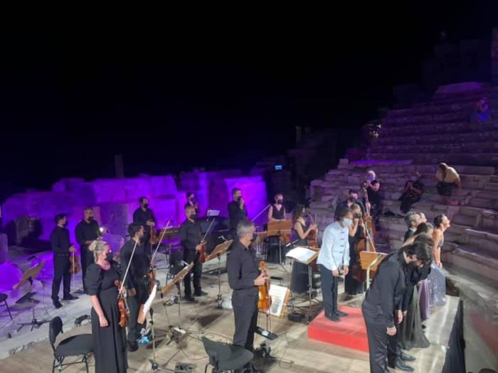 Instrumentalists in Ephesus