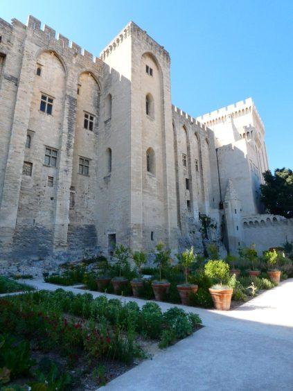 palais des papes visiter Festival d'Avignon In