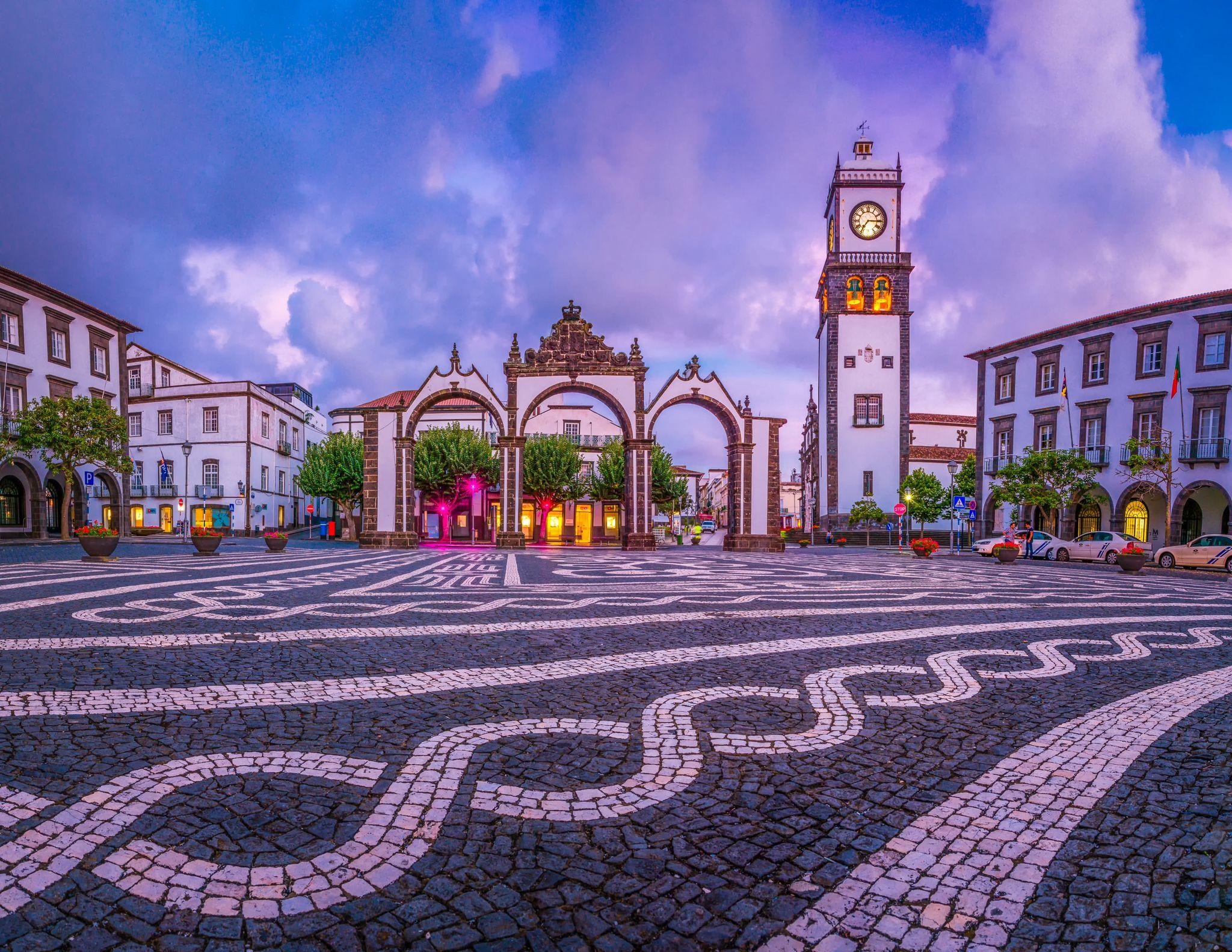 downtown ponta delgada covid shopping Azores