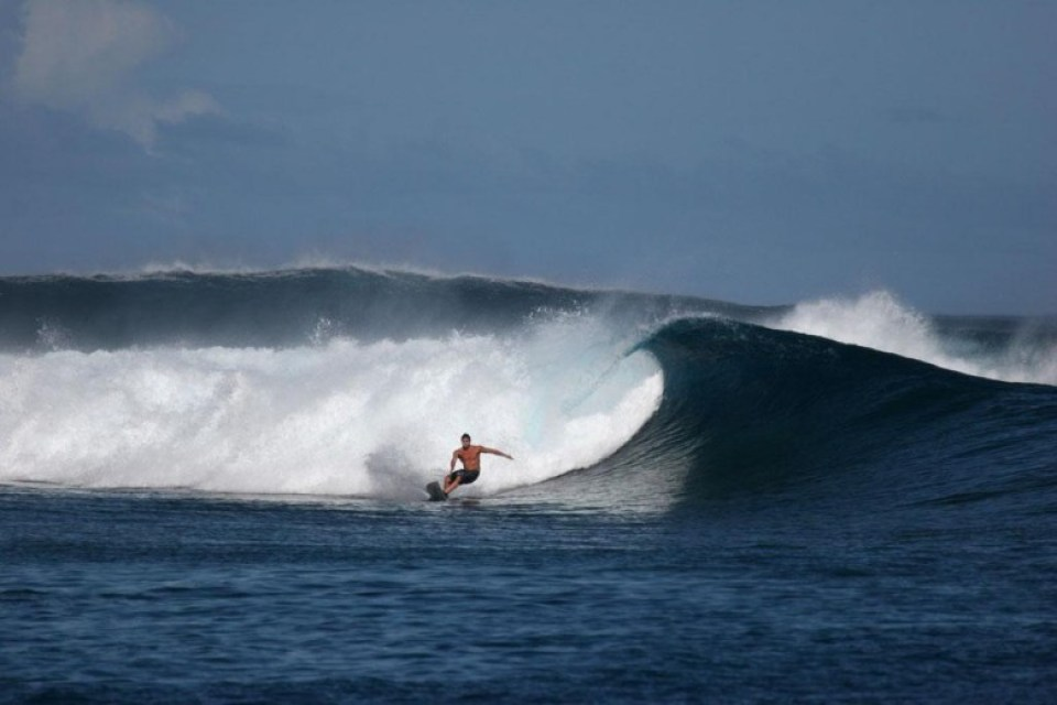 atlantic waves surfing madeira island beach
